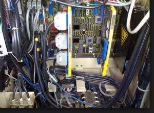 thợ sửa điện công nghiệp