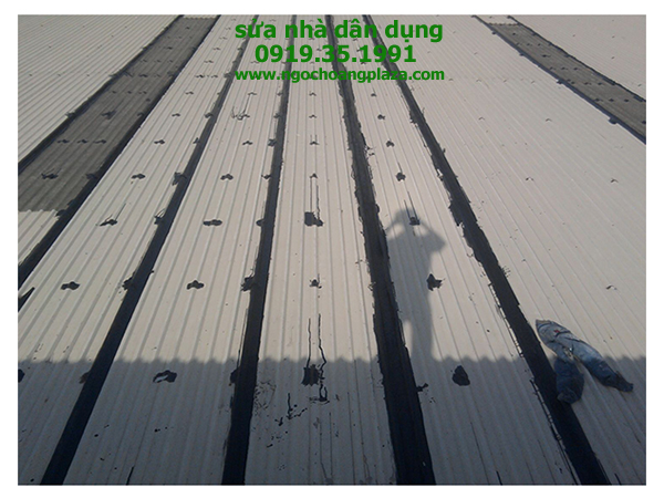 Chống dột mái tôn tại quận 3