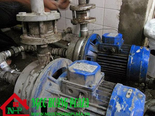 Sửa máy bơm nước tại quận 4 tphcm